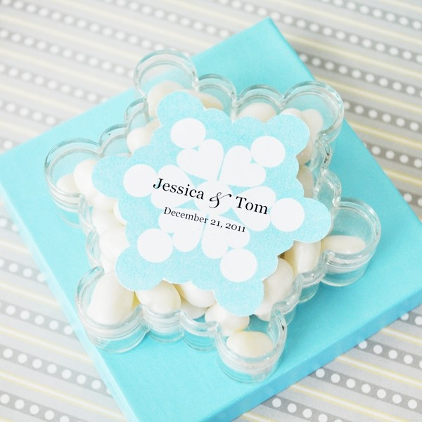 A Winter Holiday Snowflake Acrylic Favour Boxes