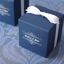Monogram Basic Cube Favour Box